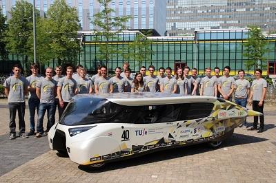 Chiếc xe Stella Lux của đội Hà Lan.