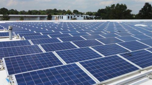 Ấn Độ hướng tới quy định bắt buộc sử dụng pin mặt trời